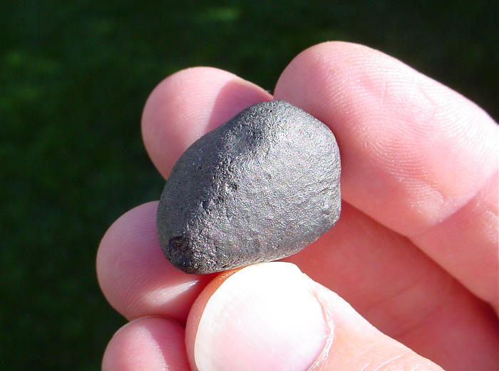 See Explanation. Click on image & download a CLOSE-UP image of this meteorite.